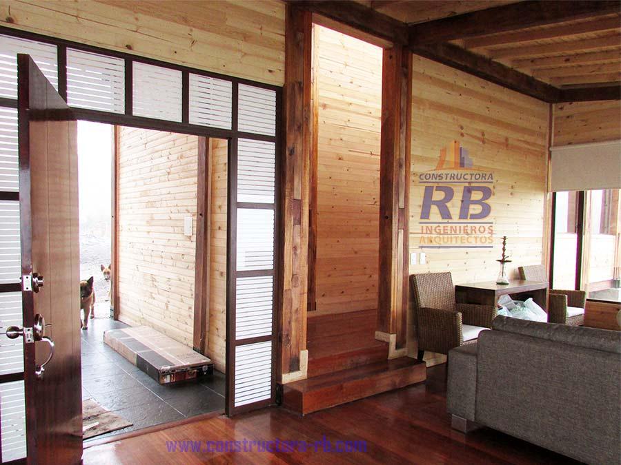 Terminación acabados detalles de la Casa Campestre en Madera hecha en Facatativá Cundinamarca